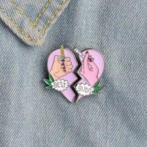 Best buds pin set